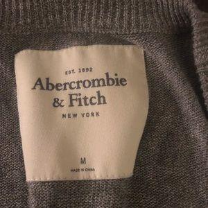 Abercrombie & Fitch Sweaters - Abercrombie grey 3/4 sleeve cardigan. Size M